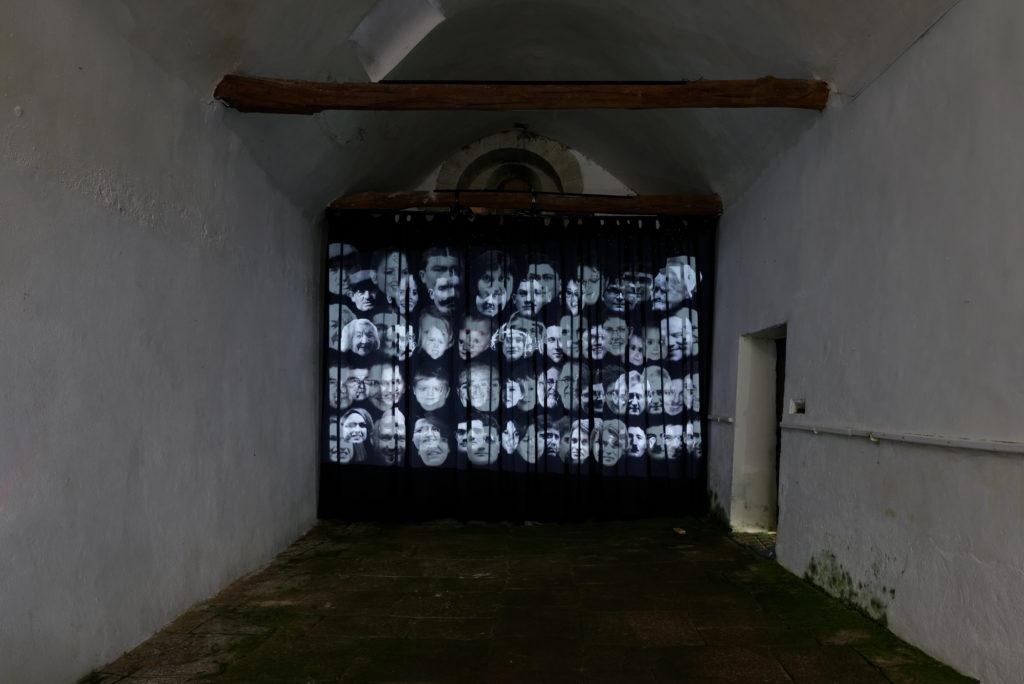 Art contemporain tu peux savoir for Stade du miroir lacan